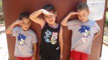 ילדים ליד סליק במוזיאון חוסמסה, חולון