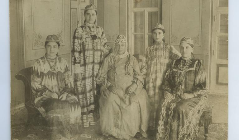 dvora and sisters (2) נעם בן יוסף